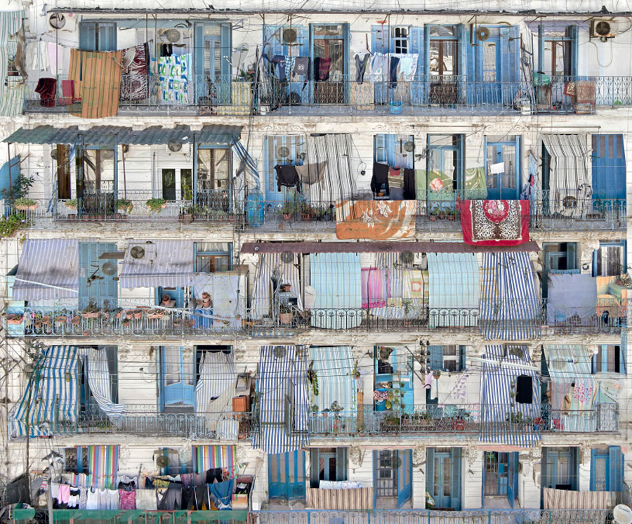 Alger - Bab-El-Oued - Melting Point #1 - 2015 - C-Print - 100 X 120 Cm - Edition Of 5 - 160 X 193 Cm - Edition Of 5 © Stéphane Couturier