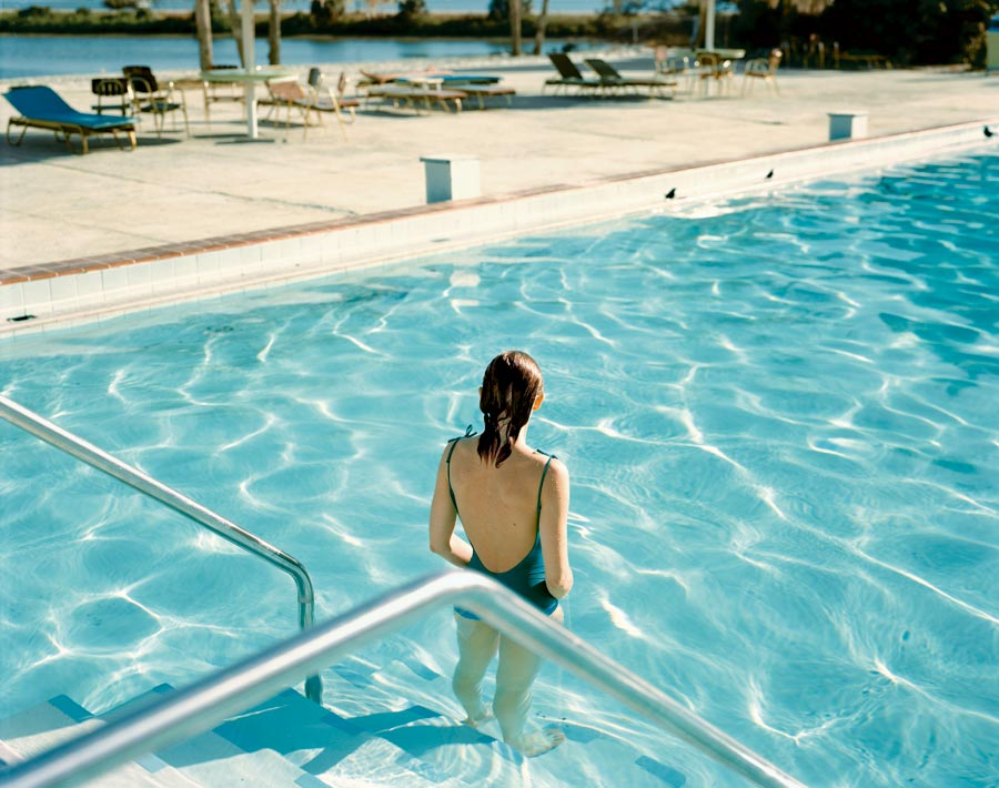 """Ginger Shore, Causeway Inn, Tampa, Florida, Nov. 17, 1977. From The Series """"Uncommon Places"""" © Stephen Shore. Courtesy 303 Gallery, New York"""