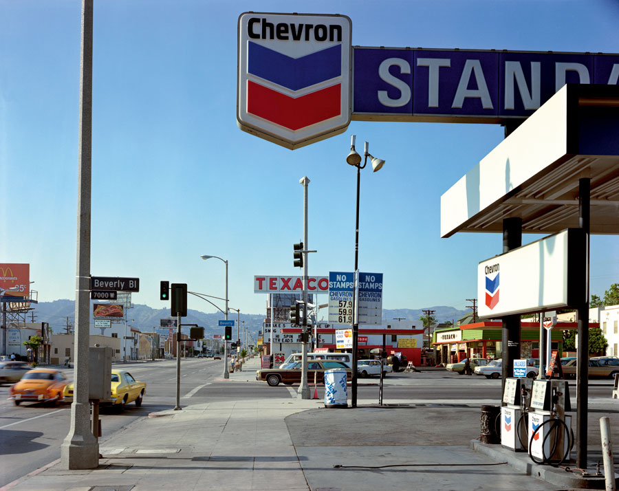 """Beverly Boulevard And La Brea Avenue, Los Angeles, California, June 21, 1975. From The Series """"Uncommon Places"""" © Stephen Shore. Courtesy 303 Gallery, New York"""