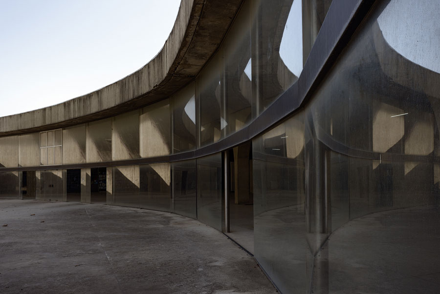 © Andreas Rost - THE GREAT GESTURE – The Unknown Oscar Niemeyer In Algiers