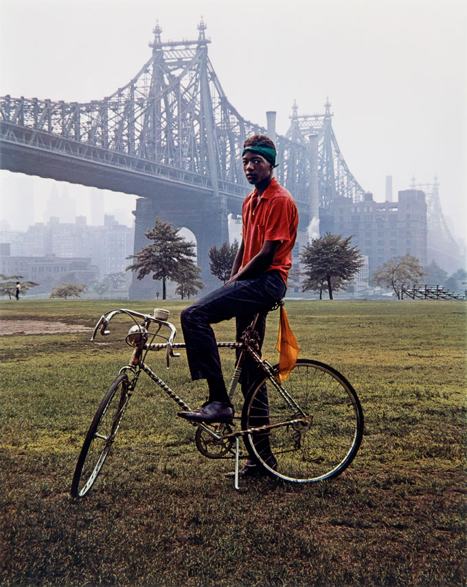 Queensboro Bridge, New York, 1964, Dye Transfer, 42,5 X 33,6 Cm (51,5 X 40,5 Cm) © Evelyn Hofer, Estate Evelyn Hofer