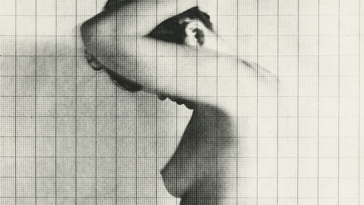 Chaussee 36 Photography | Erwin Blumenfeld »Chasing Dreams«